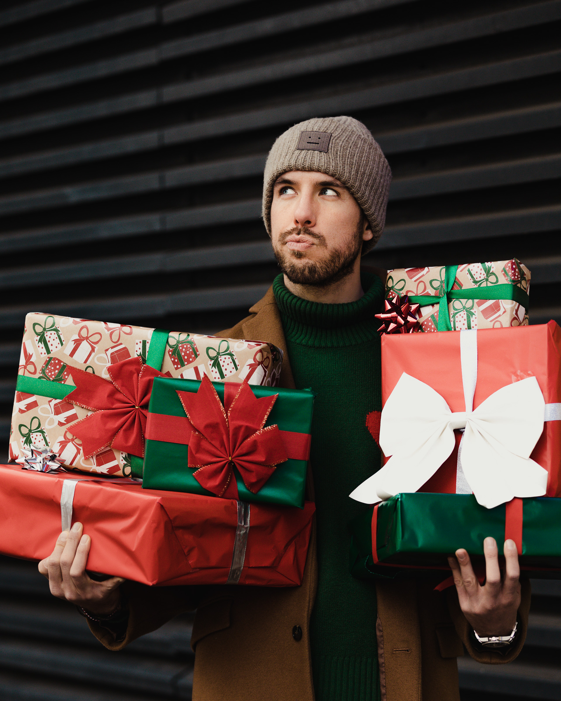 X_Mas gifts Sebastian Schmidt by Rose Time Photography